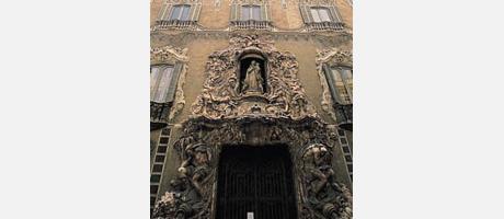Img 1: Museo Nacional de Cerámica y Artes Suntuarias González Martí