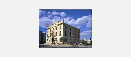 Img 1: The Palace of the Condes de Paterna. Paterna Town hall