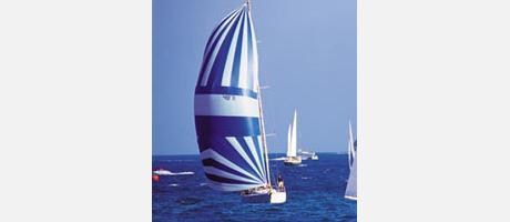 Img 1: Yacht Broker