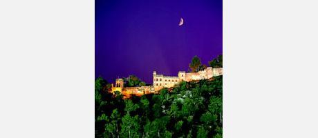 643_es_imagen2-xativa_castillo-noche.jpg