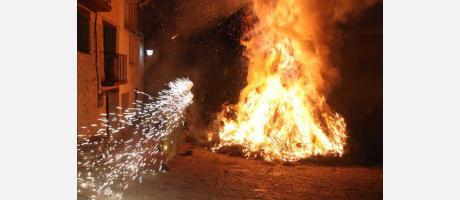 Img 1: Fiestas de San Antonio Abad en Todolella.