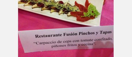 """""""Carpaccio de ceps con tomate confitado, piñones fritos y cecina"""""""