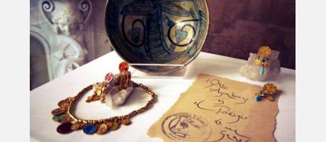 Joyas y cerámica en el Marqués de Dos Aguas