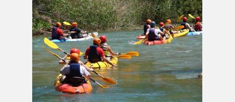 Descenso en canoa. Cofrentes Turismo Activo