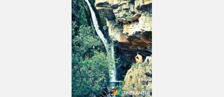 Cascada del río Carbo.Itinerantur