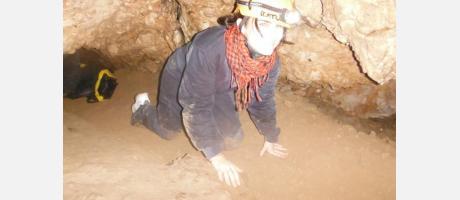 Espeleología en la Cova de la Sarsa en Bocairent