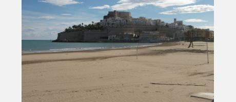 Peñíscola. Vista del Castillo desde la playa