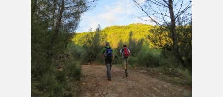 De senderismo por la montañas de Onda