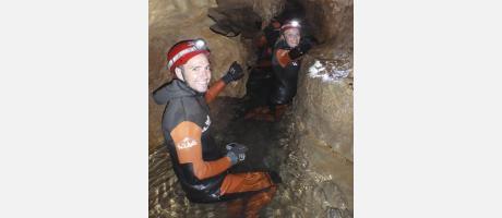 Espeleología acuática con Viu Natura