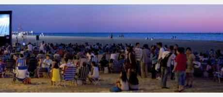 Cine en la playa