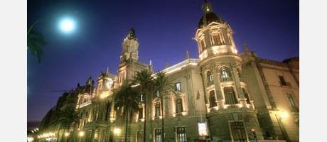 imagen de la plaza del ayuntamiento Valencia