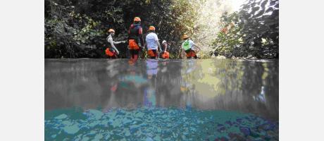Barranquismo en el Gorgo de la Escalera con Trail Natura