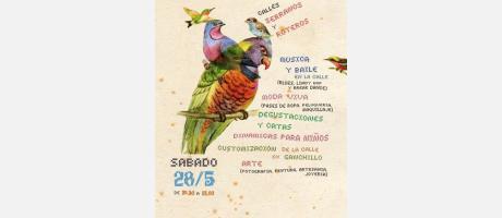 Dos loros con las actividades con motivo de bienvenida peatonal Serranos