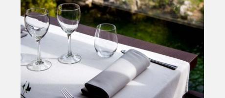 Presentación Mesa Restaurante Font de Sant Pere