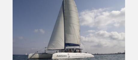 Alicante_Catamaran Aventurero_Img1.jpg
