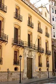 Img 1: PALAIS DU MARQUIS DE HUARTE ou DE PEÑALBA (Siège du Banco Urquijo)