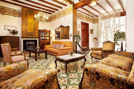 Salón Casa Ca-Olivares