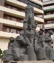 Img 1: MONUMENT DELS GELADORS