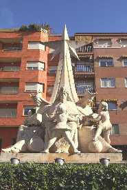 Img 1: Monumento de los Reyes Magos