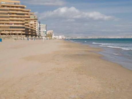 Playa Arenals del Sol