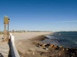 El Mojón Beach