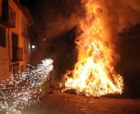 Fiestas de San Antonio Abad en Todolella.