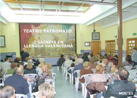 Sainetes en lengua valenciana. Manises 2013