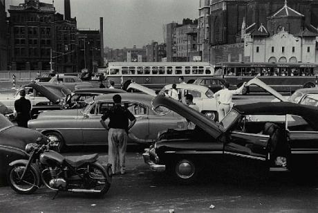Paisaje urbano en la Colección de fotografía de IVAM