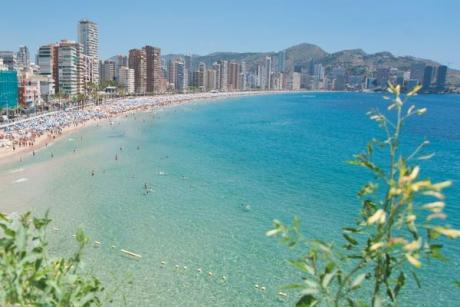 Swimming crossing between the Island and the Port of Benidorm
