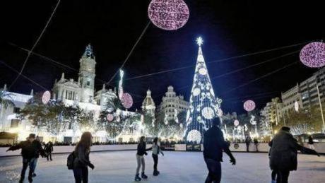 Valencia, an extraordinary city day and night