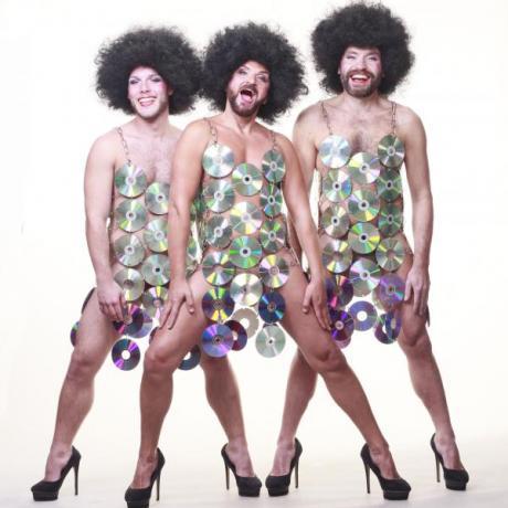 "III Queer Fest – VIII Festival de cine LGTBI: The Chanclettes presenta ""Dputucool"""