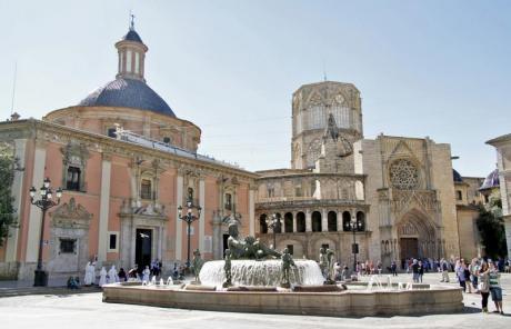 Besuch der Basílica de los Desamparados