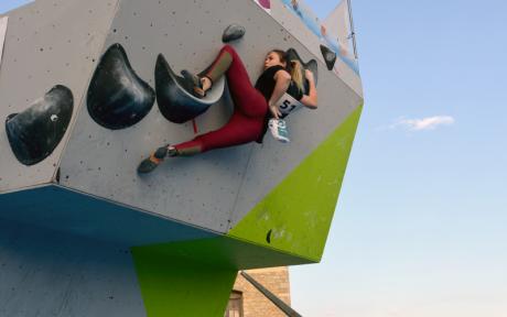 Do you like climbing? The II Urban Boulder Open Jeanstrack awaits you in Morella!