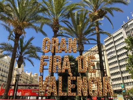 Im Juli kehrt das Epizentrum der Party mit der Gran Fira nach Valencia zurück
